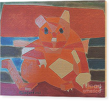 Fat Cat On A Hot Chaise Lounge Wood Print by Richard W Linford
