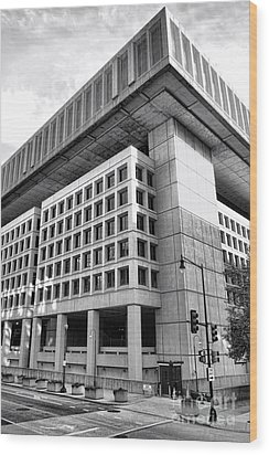 Fbi Building Rear View Wood Print by Olivier Le Queinec