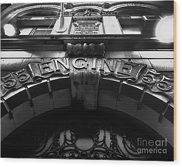 Fdny - Engine 55 Wood Print by James Aiken