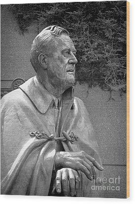 Fdr Statue At Fdr Memorial Wood Print by William Kuta