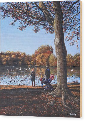 Feeding The Ducks At Southampton Common Wood Print by Martin Davey