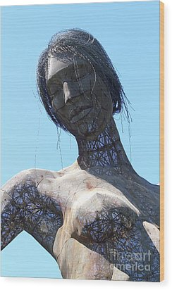 Female Sculpture On San Francisco Treasure Island 7d25444 Wood Print by Wingsdomain Art and Photography