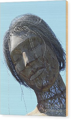Female Sculpture On San Francisco Treasure Island 7d25445 Wood Print by Wingsdomain Art and Photography