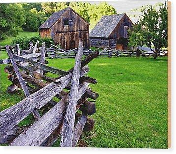Fences At Burnside Plantation Bethlehem Pa Wood Print