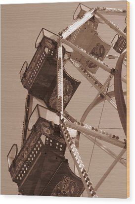 Ferris Wheel Wood Print by Beth Vincent