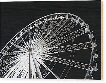 Ferris Wheel Wood Print by Nawarat Namphon