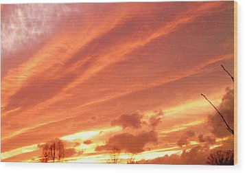 Wood Print featuring the photograph Fiery Goodbye by Carlee Ojeda