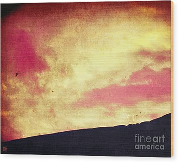 Fiery Sky Wood Print by Andy Heavens