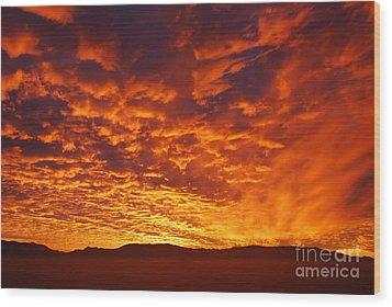 Fiery Sky Wood Print by Susan Hernandez