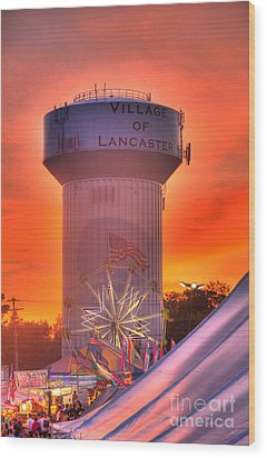 Wood Print featuring the photograph Fiery Sunset by Jim Lepard