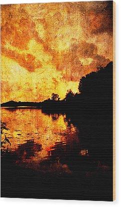 Fiery Sunset Wood Print by Randi Kuhne