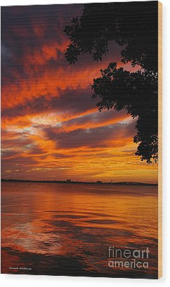 Fiery Sunset Wood Print by Tannis  Baldwin