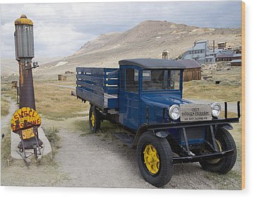 Fill 'er Up In Bodie Wood Print by Jim Snyder
