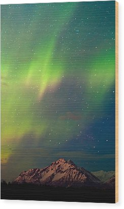 Filled With Aurora Wood Print by Ron Day