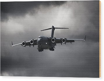 Final Approach Wood Print by Paul Job