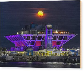 Final Moon Over The Pier Wood Print by Marvin Spates