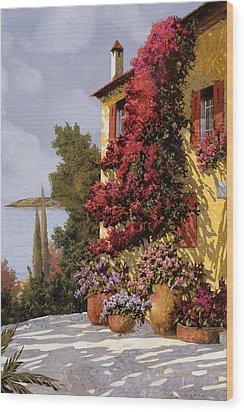 Fiori Rosssi E Muri Gialli Wood Print by Guido Borelli