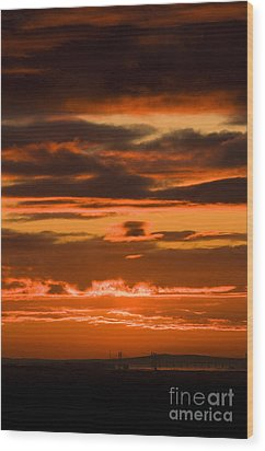 Fire In The Sky Wood Print by Anne Gilbert