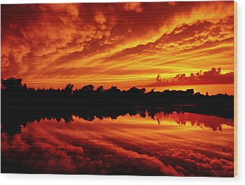 Fire In The Sky Wood Print by Jason Politte