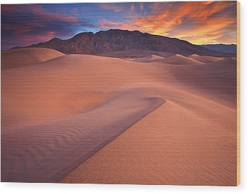 Fire On Mesquite Dunes Wood Print by Darren  White