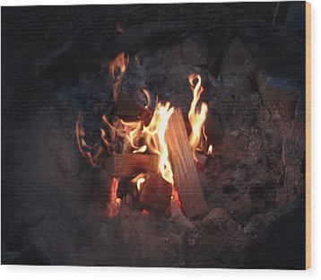 Wood Print featuring the photograph Fireside Seat by Michael Porchik