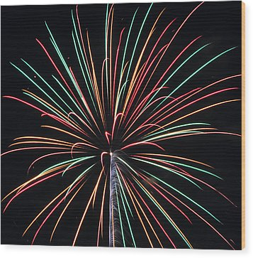 Fireworks 20 Wood Print by Staci Bigelow