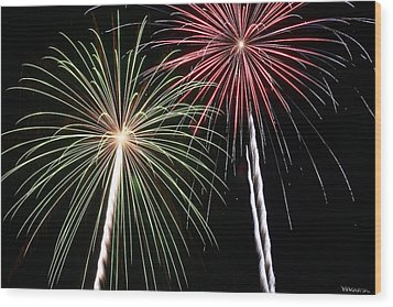 Fireworks 5 Wood Print by Andrew Nourse