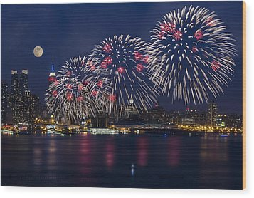 Fireworks And Full Moon Over New York City Wood Print by Susan Candelario