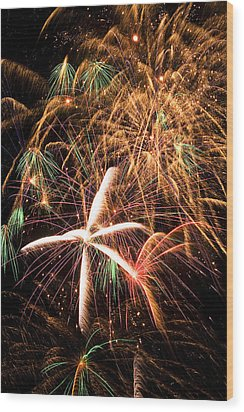 Fireworks Exploding Everywhere Wood Print by Garry Gay