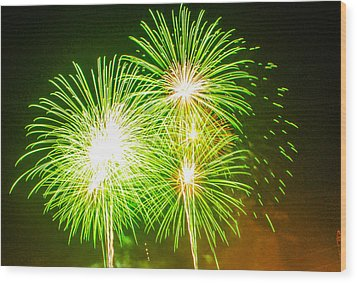 Wood Print featuring the photograph Fireworks Green And White by Robert Hebert