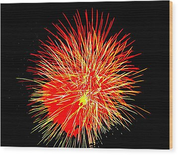 Fireworks In Red And Yellow Wood Print by Michael Porchik