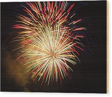 Wood Print featuring the photograph Fireworks Over Chesterbrook by Michael Porchik