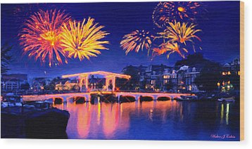 Fireworks Wood Print by Walter Colvin