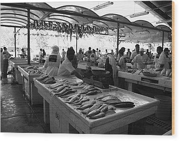 Fish Market In Dubai Wood Print by Maeve O Connell