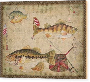 Fish Trio-a-basket Weave Border Wood Print by Jean Plout