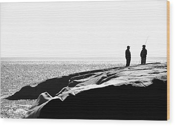 Fishers By The Sea Wood Print by Matthew Blum