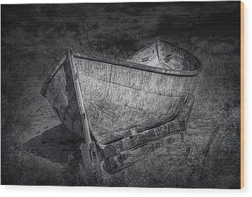 Fishing Boat On Shore In Black And White Wood Print by Randall Nyhof