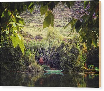 Fishing Boat On The River Douro Wood Print by Lynn Bolt