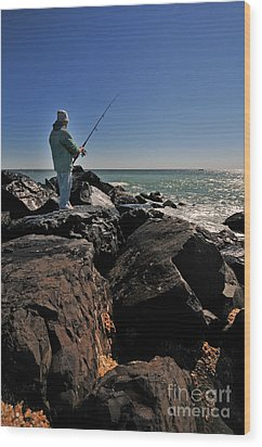 Fishing Off The Jetty Wood Print by Paul Ward