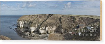 Flamborough North Landing Wood Print