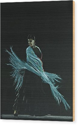 Flamenco Dancer In Shawl Wood Print by Martin Howard