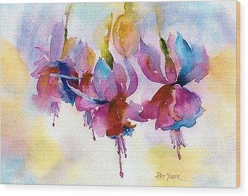 Flaming Fuchsias Wood Print by Pat Yager