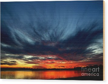 Flaming Hues Wood Print by Theresa Willingham