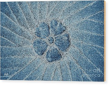 Wood Print featuring the photograph Fleur Blue by Geri Glavis