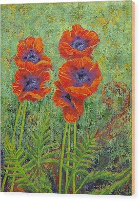 Fleurs Des Poppies Wood Print by Margaret Bobb