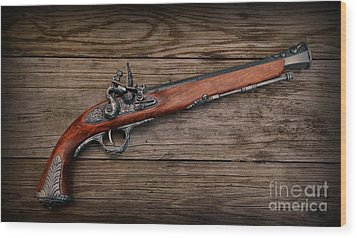 Flintlock Blunderbuss Pistol Wood Print by Paul Ward