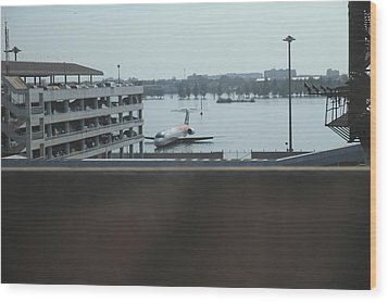 Flooding Of The Airport In Bangkok Thailand - 01133 Wood Print by DC Photographer