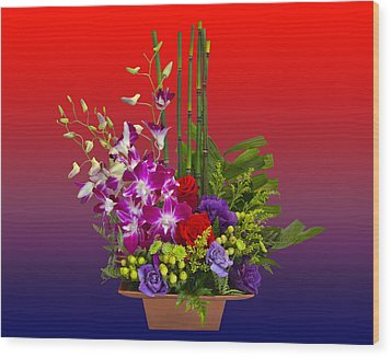 Floral Arrangement Wood Print by Chuck Staley