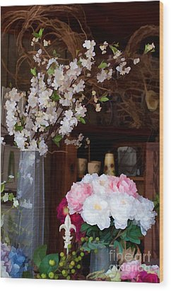 Floral Display Wood Print by Liane Wright
