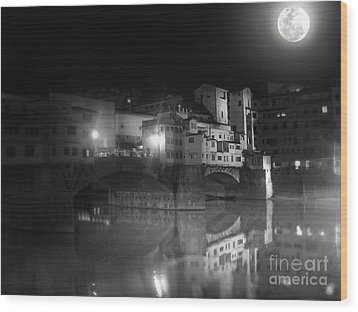 Florence Italy - Ponte Vecchio At Night Wood Print by Gregory Dyer